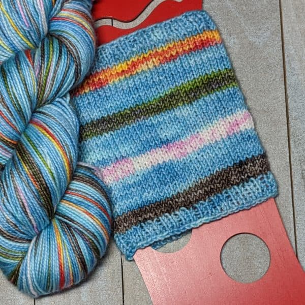 sample of how the Puzzled colorway stripes up